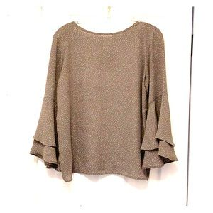 Loft flutter sleeve top for work or casual -Small